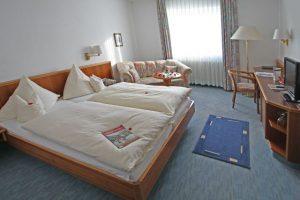 Doppelzimmer-300x200